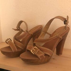 wooden style platform sandals
